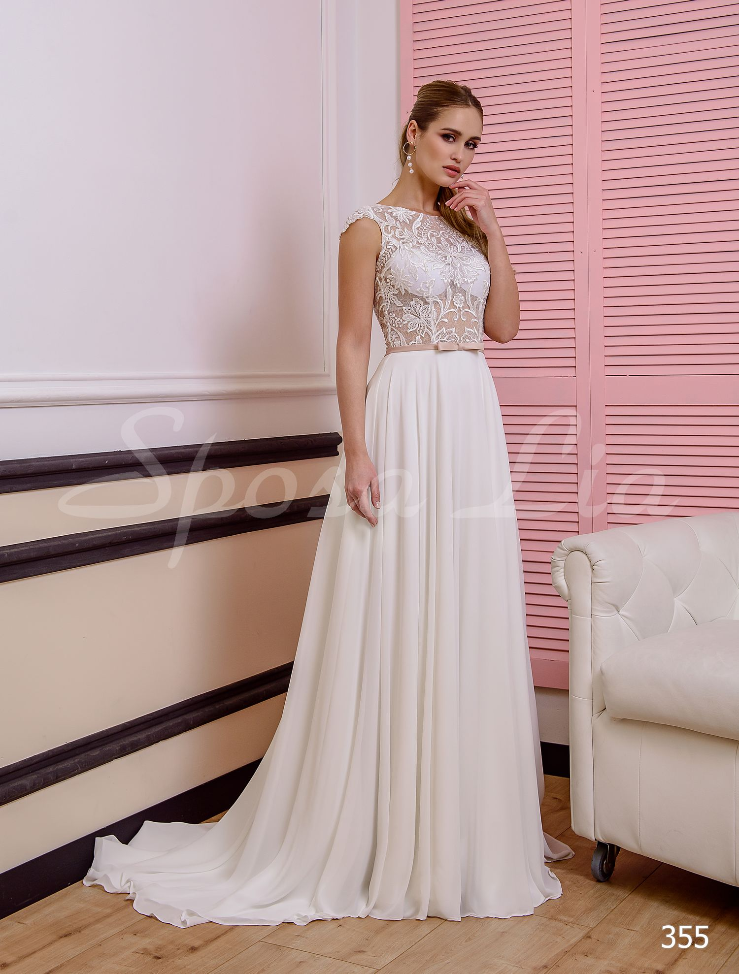 http://sposa-lia.com/images/stories/virtuemart/product/355       (1).jpg