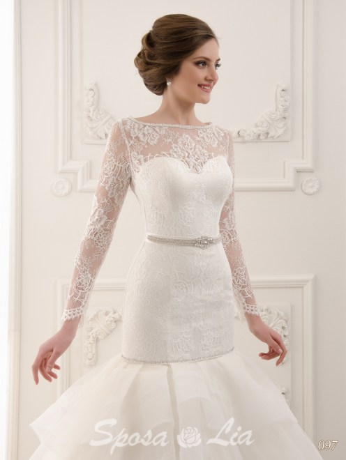 http://sposa-lia.com/images/stories/virtuemart/product/097-(3).jpg