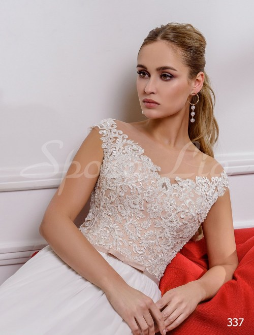 http://sposa-lia.com/images/stories/virtuemart/product/337       (2).jpg