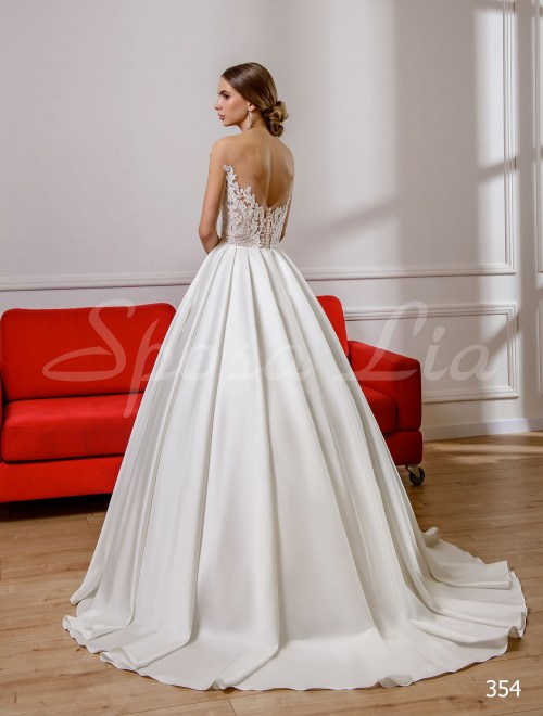 http://sposa-lia.com/images/stories/virtuemart/product/354       (3).jpg