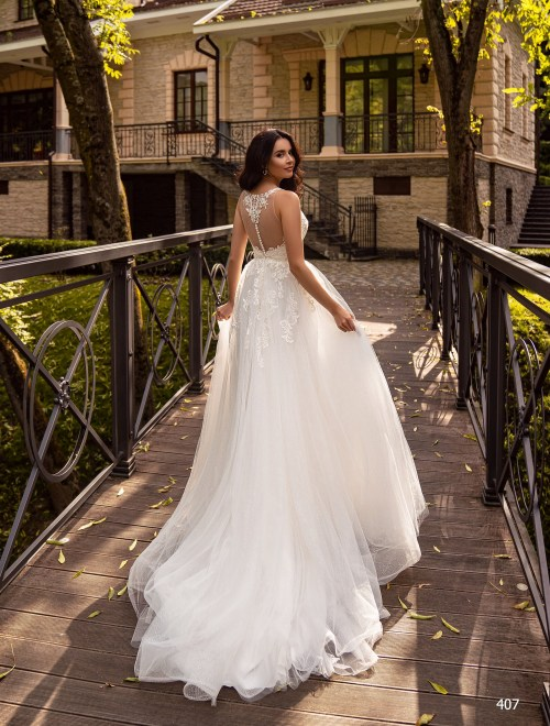 http://sposa-lia.com/images/stories/virtuemart/product/407       (5).jpg